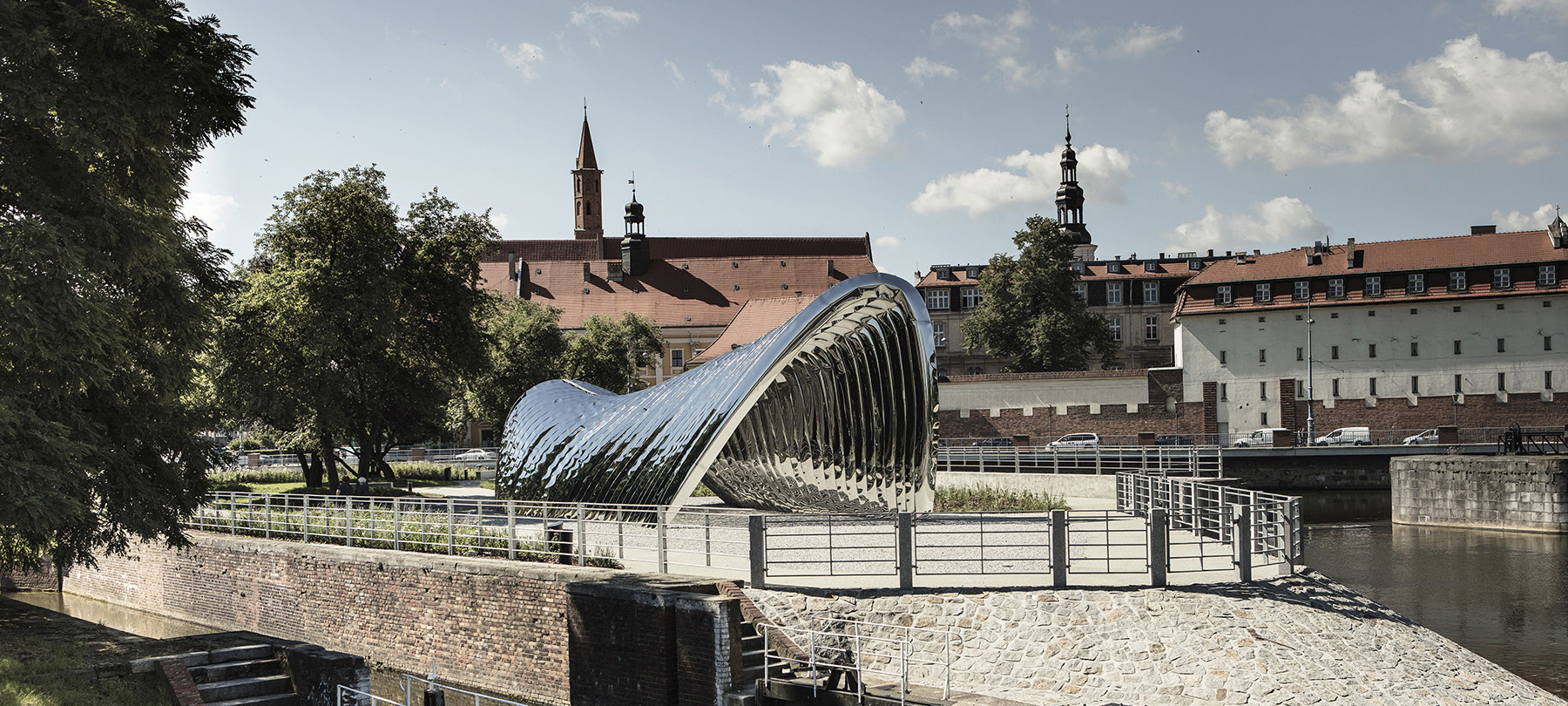 Nawa Public Sculpture Oskar Zieta