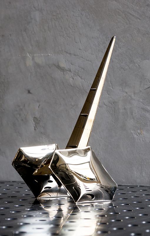 Punto-y-raya-Zieta-Statuetki-139www