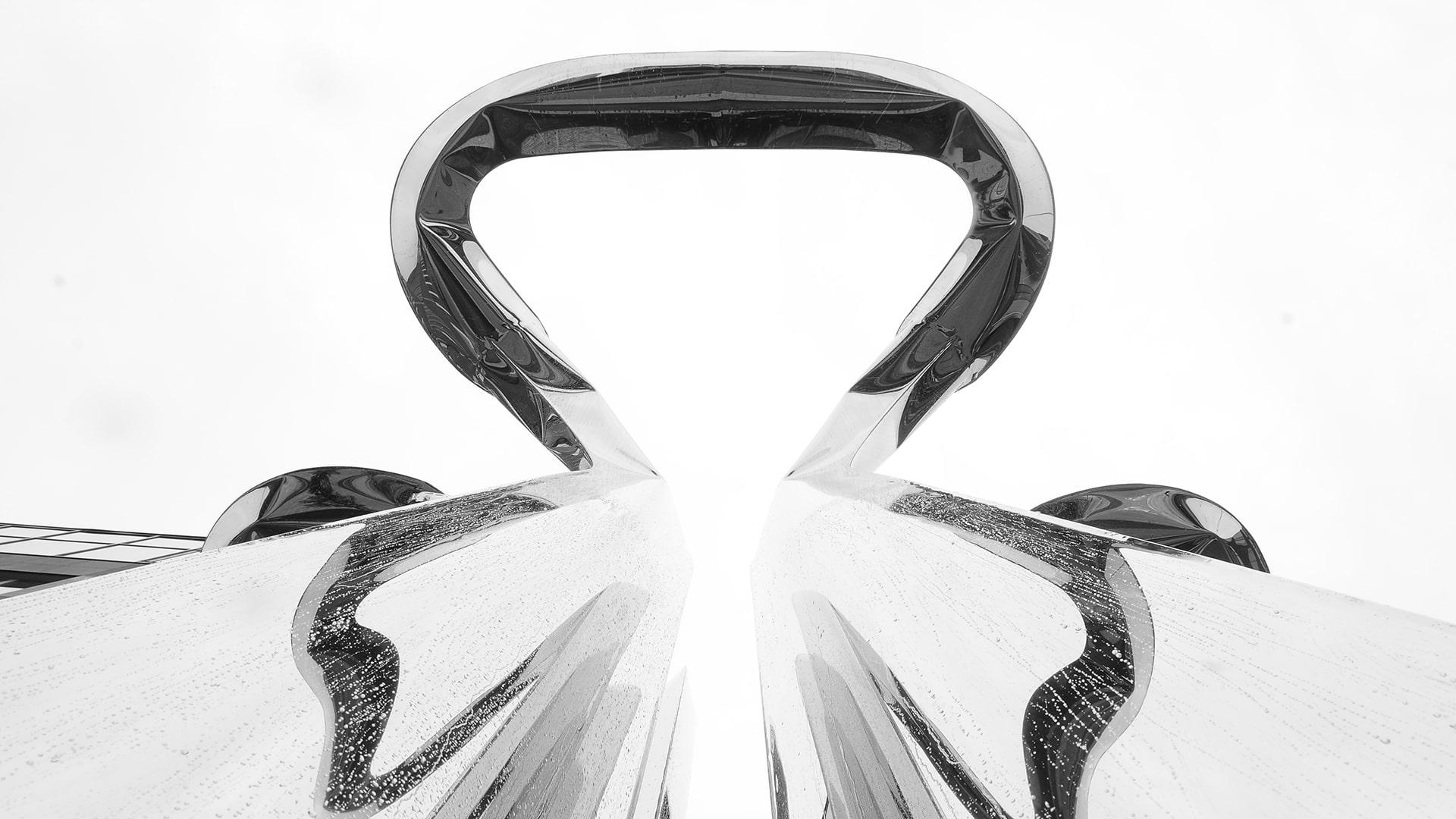 NAWA public sculpture by Oskar Zieta, public art, FiDU, inflated metal, öffentliche Skulptur, aufgeblasen metall, öffentliche Kunst